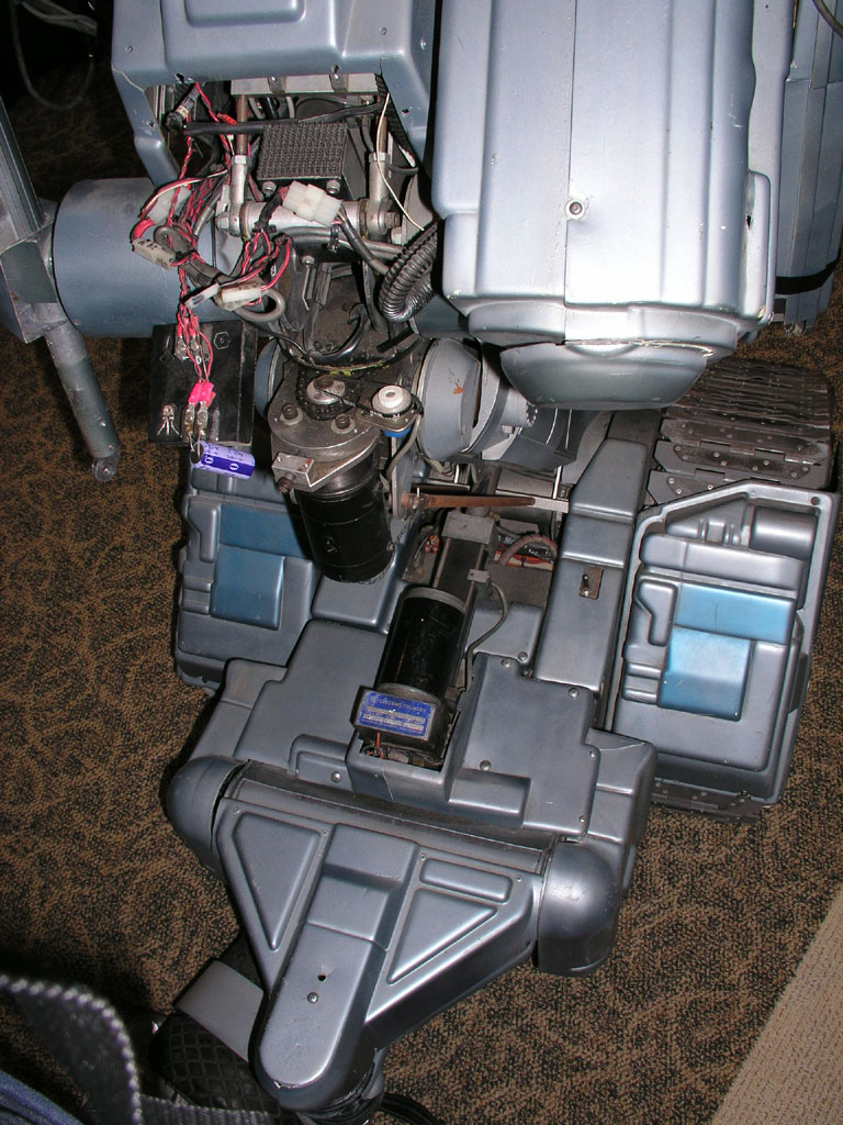 The Original Johnny Five Sells For Most Of All Items In Recent Short Circuit Robots Http Propshandheldmuseumcom Auctjohnny5 07
